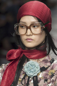 13_bling_hbz-ss2016-trends-jewelry-scarves-gucci-clpi-rs16-0928