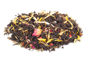 Black tea with dried fruits