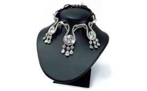 amour-amour-worlds-most-expensive-dog-collar_1
